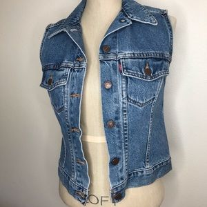 Levi's red tab jean vest denim size small